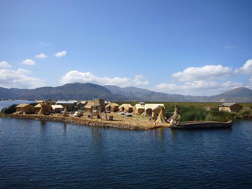 Lugares turísticos en Perú, Lago Titicaca